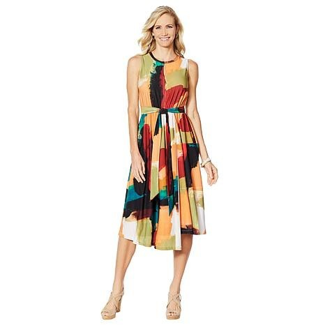 2 Pallets of Women's Tops, Leggings & More by Diane Gilman, G By Giuliana & More Ext. Retail $26,311, St. Petersburg, FL