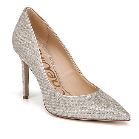 1 Pallet of Women's Apparel & Footwear by Joan Boyce, Birkenstock & More Ext. Retail $16,395, Brandon, FL
