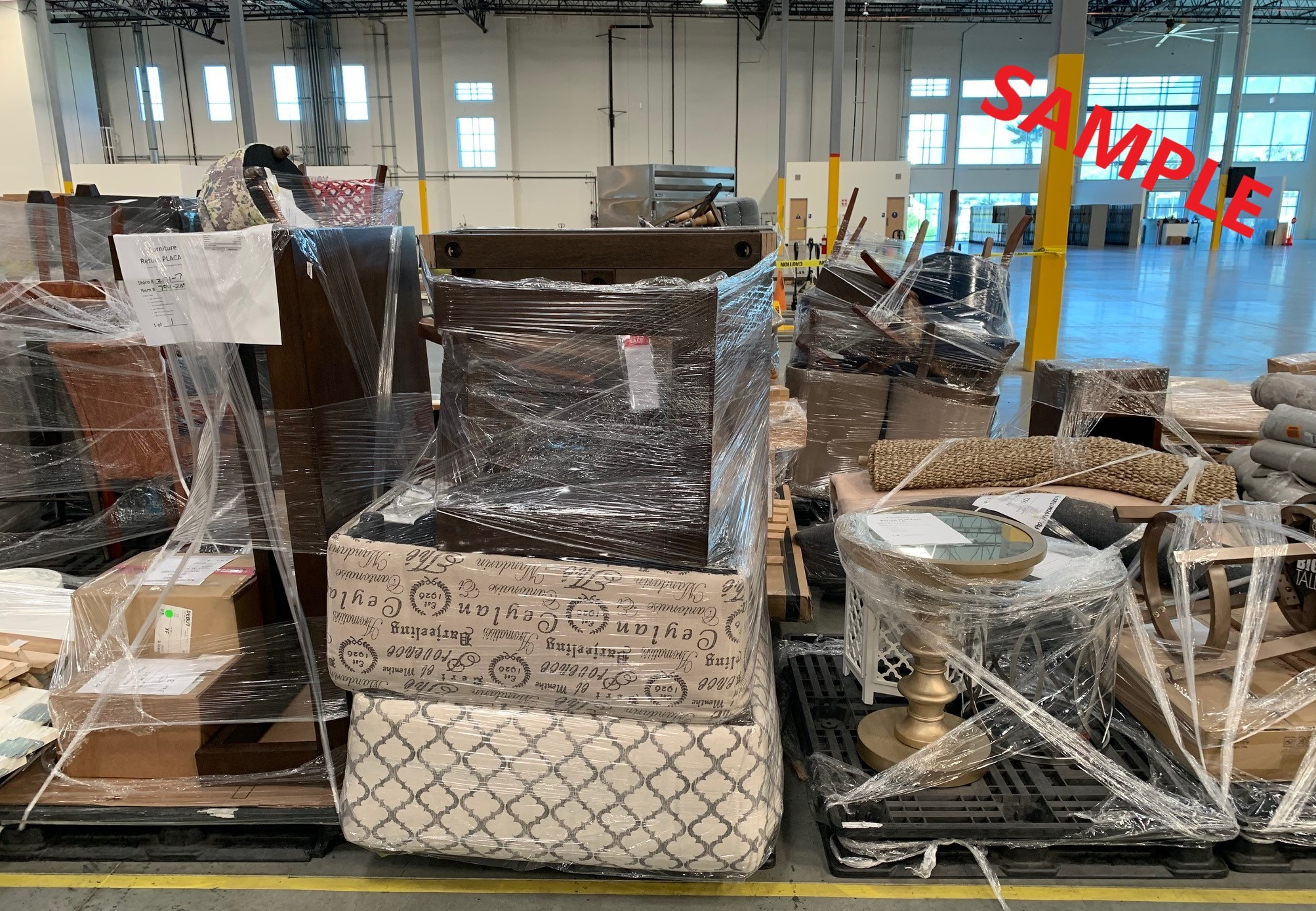 Truckload of UNMANIFESTED Furniture & Home Accessories (APPLIANCE44), Lenexa, KS