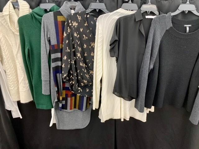 1 Pallet of Unmanifested Women's Apparel: Pants, Sweaters & Casual Tops Phoenix, AZ