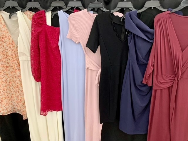 1 Pallet of Unmanifested Women's Apparel: Pants, Sweaters & Dresses Phoenix, AZ
