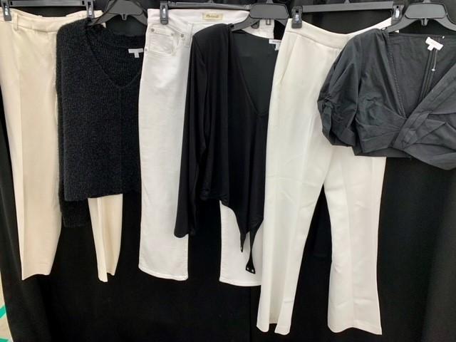 1 Pallet of Unmanifested Women's Apparel: Tops, Sweaters & Pants Phoenix, AZ