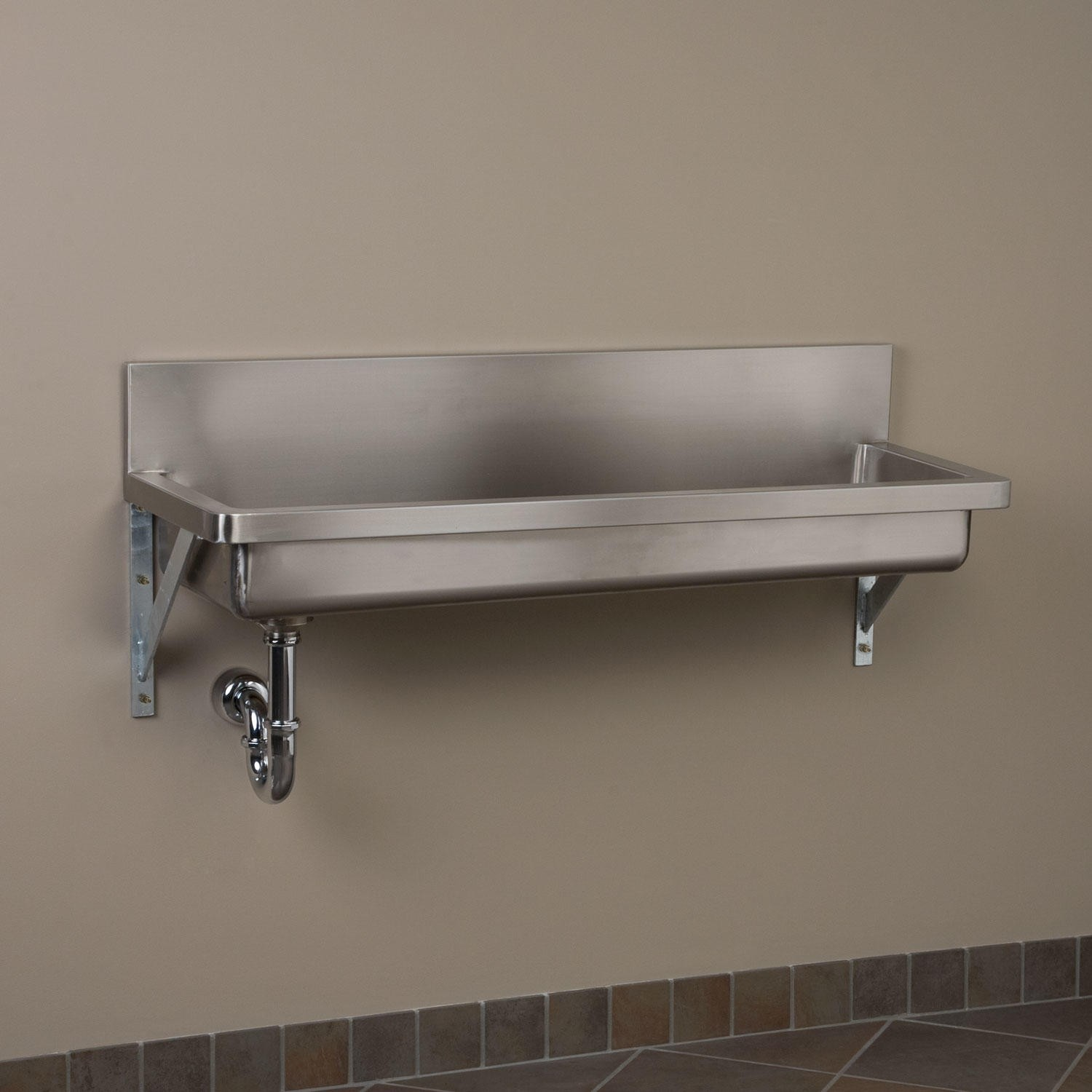 Truckload from Signature Hardware of Unmanifested Sinks, Faucets, Showers, Mirrors & More, Est. Retail $172,916, Erlanger, KY