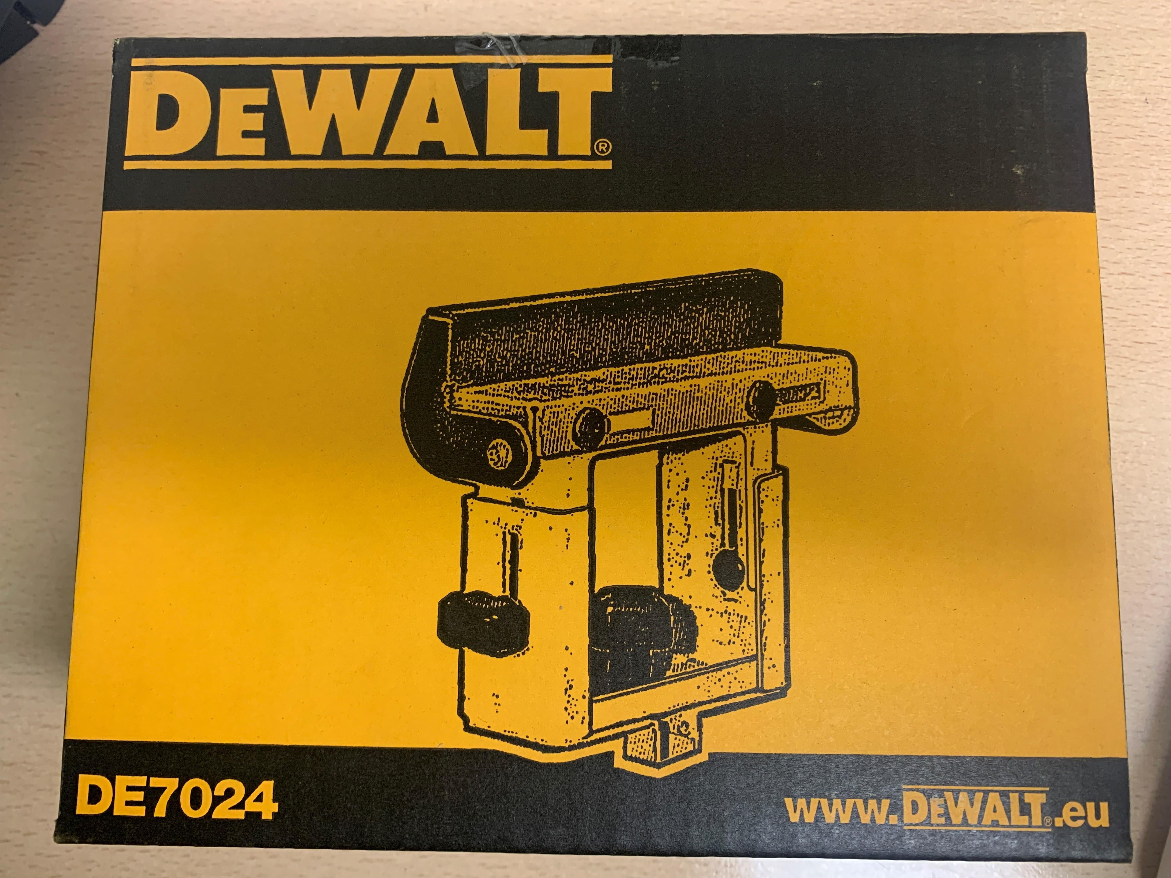 DeWalt DE7024 XJ Type 3 Mitre Saw Accessories Est. Original Retail £15,111, Nuneaton, GB