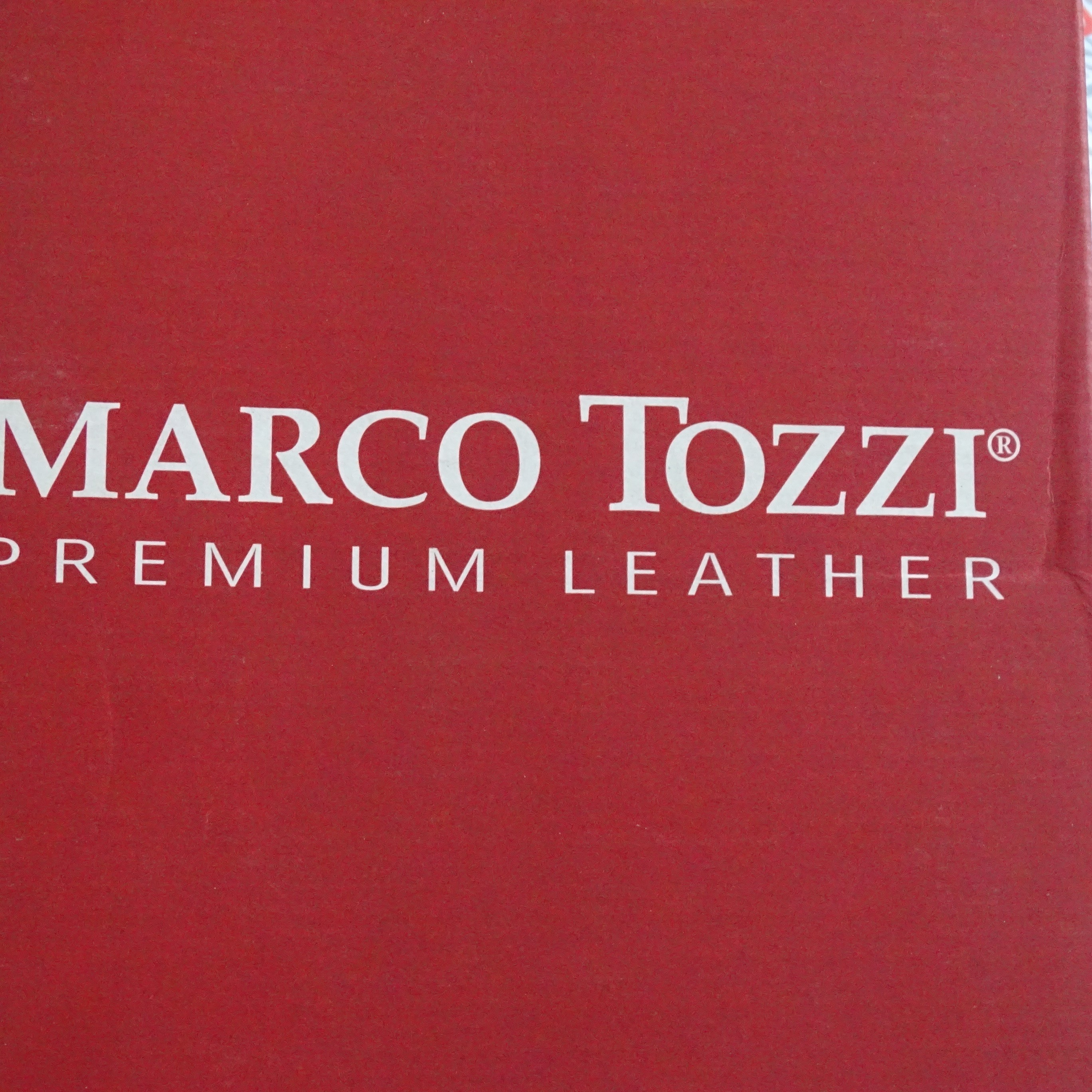 Branded Shoes, Marco Tozzi, Buffalo London, Bordello & More, 30 Pairs, Est. Original Retail €7,470, Budapest, HU, FREE SHIPPING