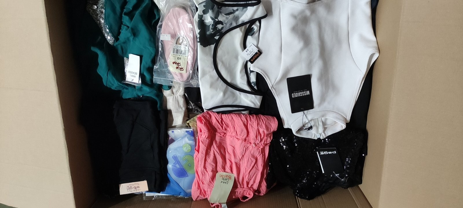 Clothes with Tags Est. Original Retail €6,210, Telsiai, LT