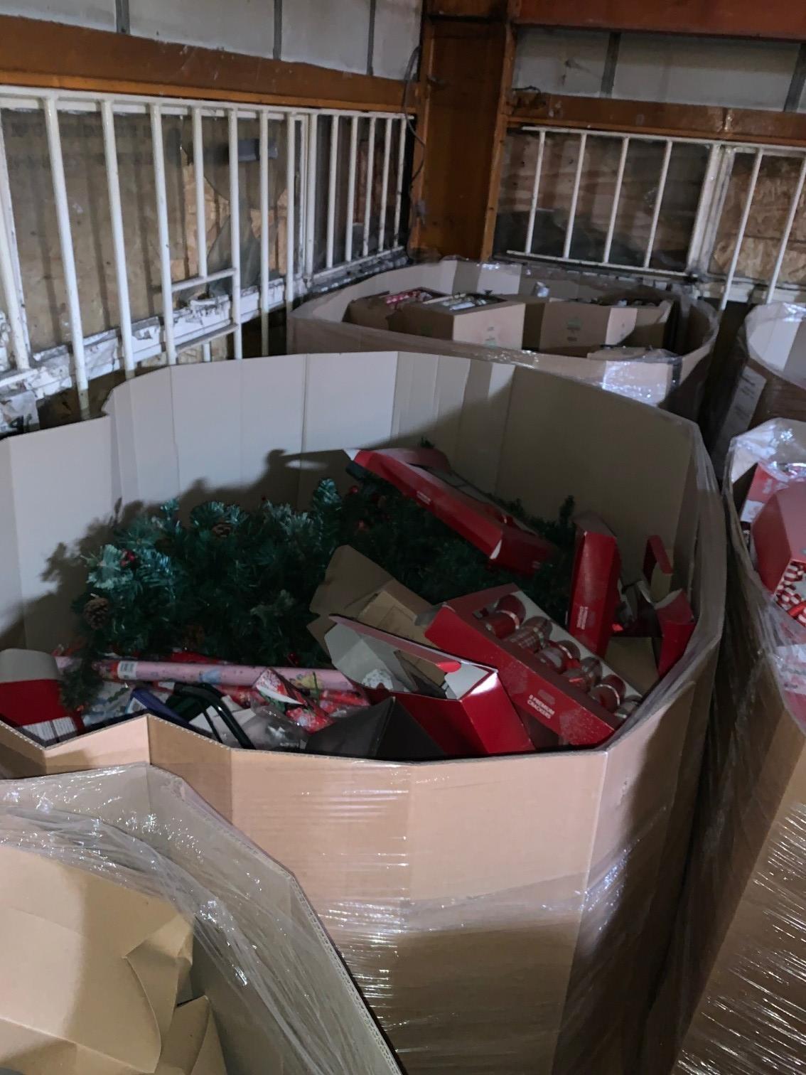 Mixed ASDA Christmas Items, 4 Pallets, Est. Original Retail £6,000, Runcorn, GB