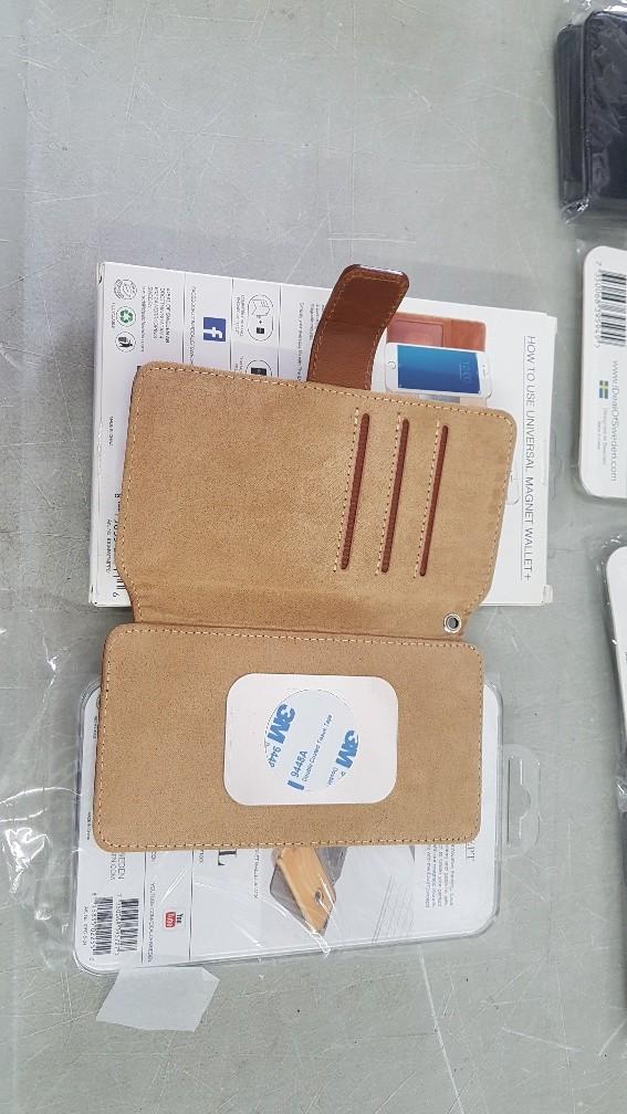 1 Pallet of Ideal of Sweden Phone Cases, 1 Est. Original Retail €23,400, Myślenice, PL