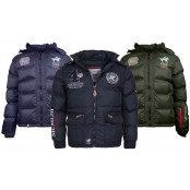 3 Pallets of Winter Jackets, Jewellery, T-Shirts & More, 895 Pieces, A/B Condition, Est. Retail €70,000+, Frankfurt Area, Germany
