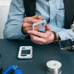 https://bstock.com/blog/mobile-market-focused-on-repair-refurb/