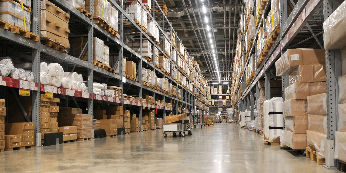 warehouse rows of liquidation pallets