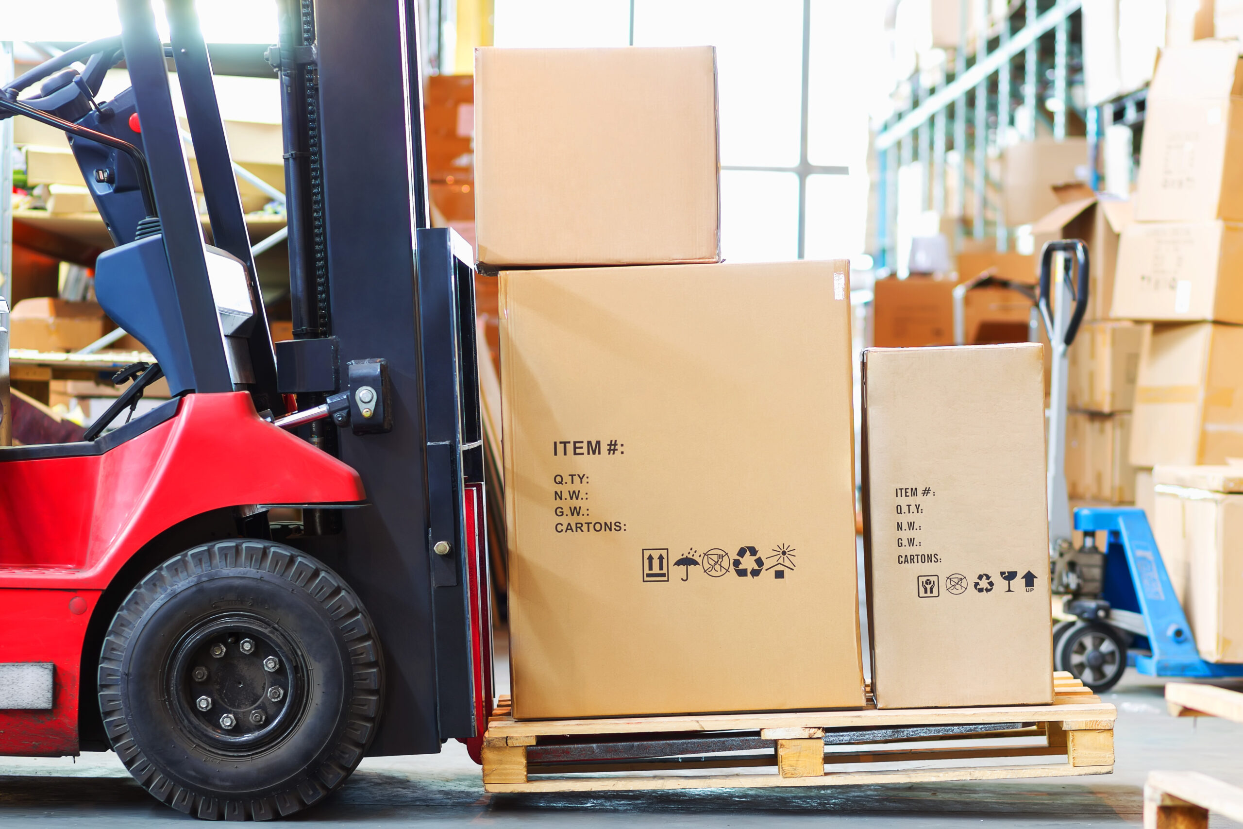 How to Free Up Warehouse Space from Bulky Home Goods Inventory