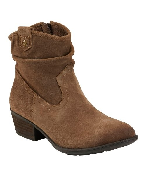 1 Pallet of Boots, Sandals, Sneakers, Pumps & More by JBU by Jambu, ROAN by BED|STÜ & More, 135 Pairs, Good / Fair, Ext. Retail $12,001, McCarran, NV